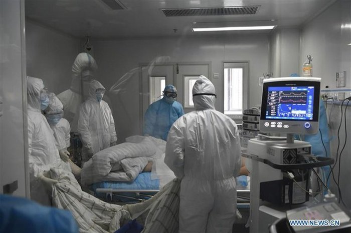 Chuyên gia Trung Quốc có nguy cơ truyền nhiễm qua đường tiêu hóa