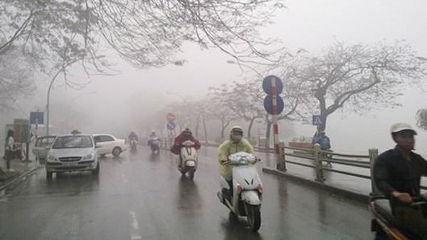 Hà Nội tiếp tục mưa rét, nhiệt độ thấp nhất là 12 độ C
