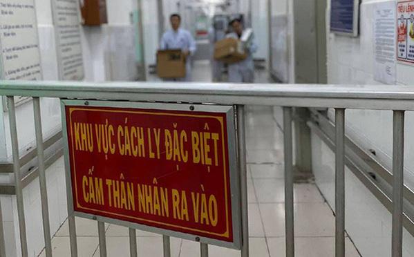 Khi nào bệnh viện dã chiến của Hà Nội được huy động