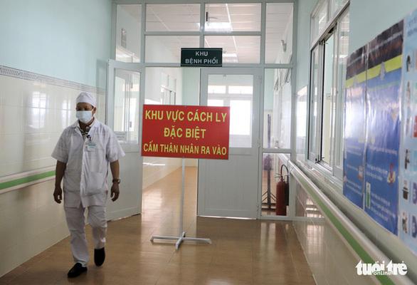 Có kết quả xét nghiệm của bé 2 tuổi người Trung Quốc bị sốt, gia đình không chịu cách ly