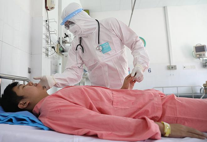 Miễn phí điều trị cho bệnh nhân viêm phổi do virus corona