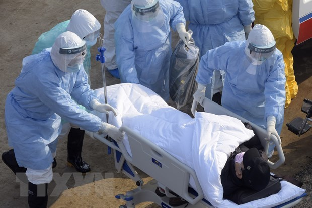 Thêm 70 người tử vong do virus corona trong 1 ngày