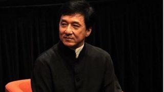 Sao võ thuật Thành Long trao thưởng 1 triệu NDT cho người tìm ra thuốc trị virus corona