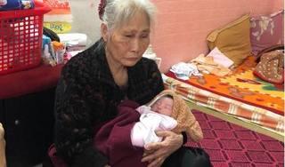 Thắt lòng hoàn cảnh bé gái vừa khóc chào đời đã mồ côi cả cha lẫn mẹ