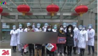 5 bệnh nhi nhiễm virus corona ở Trung Quốc được xuất viện