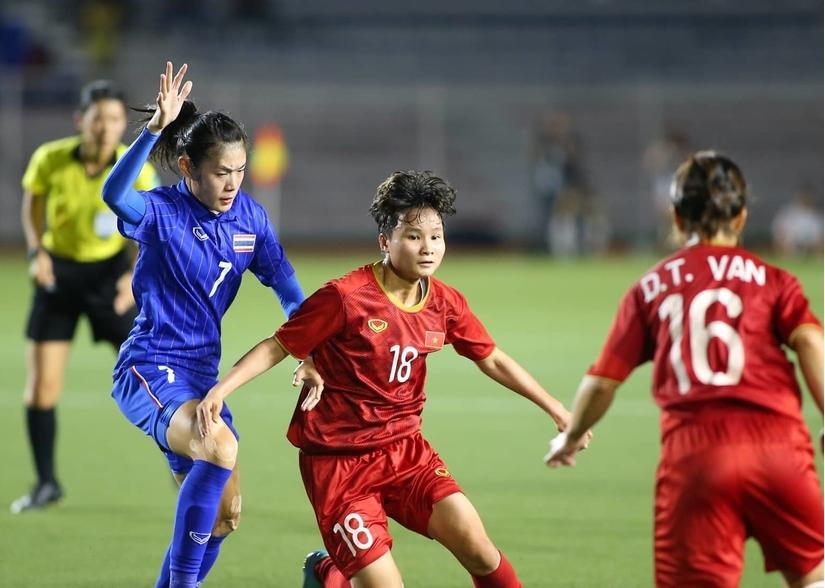 CĐV Thái Lan khuyên đội nhà nên học bóng đá Việt Nam