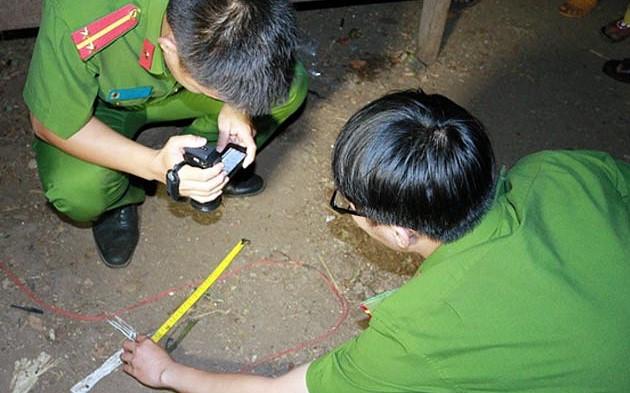 Chồng dùng chày gỗ đánh vợ tử vong ở Hà Nội