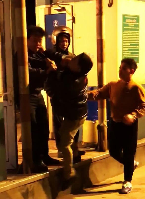 Danh tính người gây rối ở trạm BOT Thái Bình từng đi công an nghĩa vụ