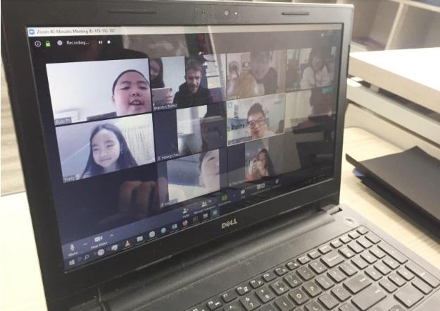 Sunshine Maple Bear tổ chức dạy trực tuyến cho học sinh tại nhà4