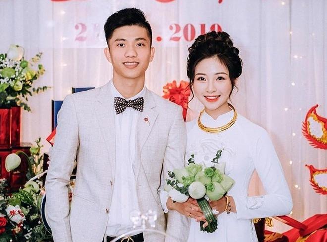 Sau đám cưới, vợ hot girl của Văn Đức liên tục khoe cơm canh ngon ngọt1