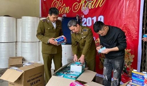 Kinh hoàng cơ sở sản xuất khẩu trang 'kháng khuẩn' từ... giấy vệ sinh
