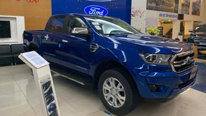 Ford Ranger Limited giá 799 triệu đồng tại Việt Nam có gì hấp dẫn