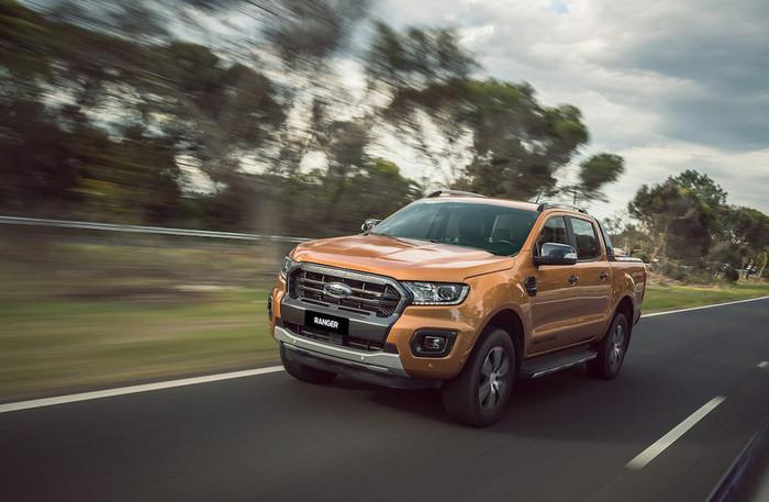 Ford Ranger Limited giá 799 triệu đồng tại Việt Nam có gì hấp dẫn3