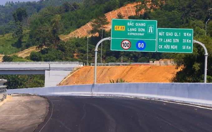 Cao tốc Bắc Giang - Lạng Sơn chính thức thu phí sau 1 tháng miễn phí