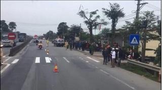 Chưa tìm được tài xế ô tô kéo lê xe máy khiến 2 cô giáo tử vong