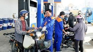 Giá xăng dầu bất ngờ giảm mạnh từ 15h chiều 14/2