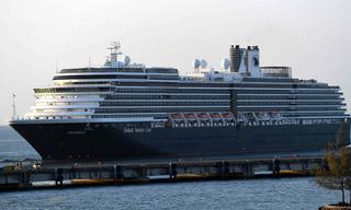 Phát hiện người trên du thuyền 'bị hắt hủi' mới cập cảng Campuchia nhiễm virus corona