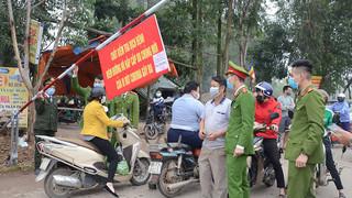 Vì sao 2 vợ chồng giáo viên ở Nam Định phải cách ly phòng Covid-19