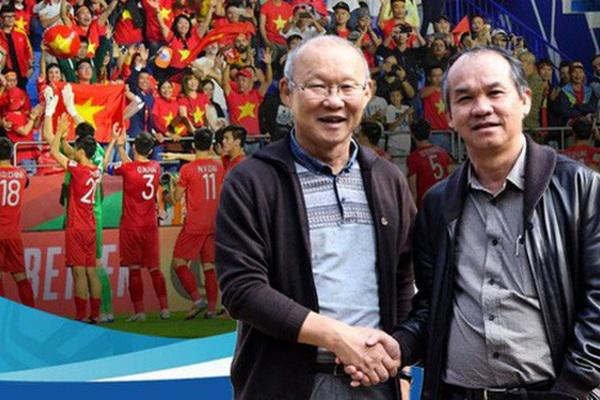 Bầu Đức báo tin vui tới HLV Park Hang Seo trước trận gặp Malaysia