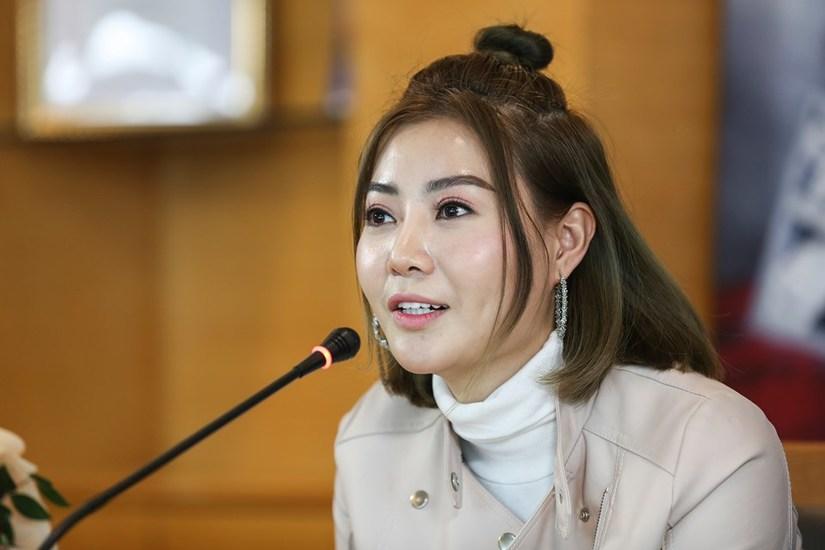 """Phim """"Sinh tử"""": Nhà báo Hoàng Ngân - Thanh Hương nói gì khi bị chê? 4"""
