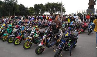 Được nghỉ học để phòng dịch Covid, hàng trăm học sinh Nam Định vẫn tụ tập