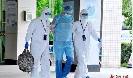 Người đàn ông giấu nhiễm Covid-19 khiến 68 nhân viên y tế phải cách ly