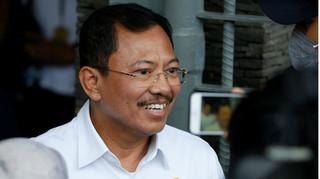 Bộ trưởng Y tế Indonesia: Chúng tôi không nhiễm corona là do cầu nguyện