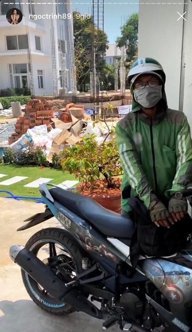 Ngọc Trinh khiến tài xế grap lo mơm mớp vì sợ bị 'bom hàng'