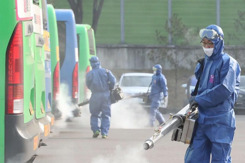 Hàn Quốc tăng thêm 52 trường hợp nhiễm Covid-19