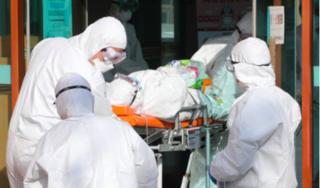 Ca nhiễm COVID-19 ở Ý tiếp tục tăng, Hàn Quốc đối phó với 'siêu ổ dịch'