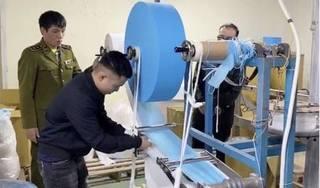 Đề nghị xử lý hình sự doanh nghiệp sản xuất khẩu trang từ giấy vệ sinh