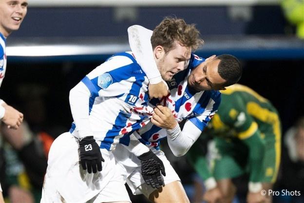 Tiền vệ Halilovic ghi bàn vào lưới ADO Den Haag