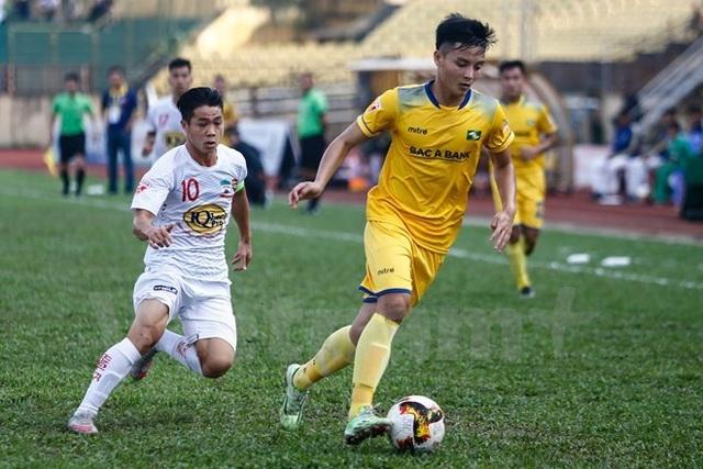 Hoàng Văn Khánh mơ ước được khoác áo đội tuyển quốc gia Việt Nam trong tương lai.