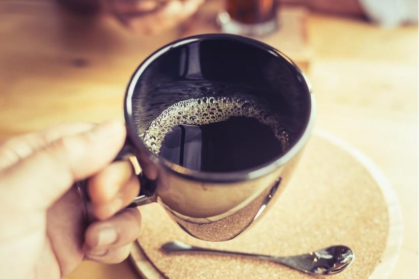 Người bị viêm loét dạ dày không nên uống cà phê