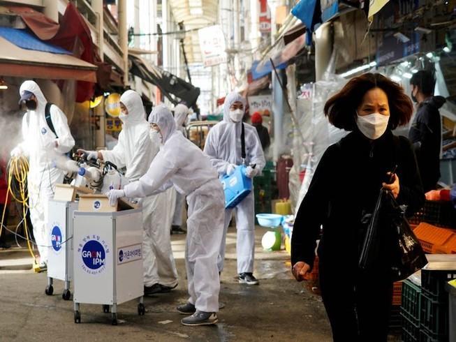 Tiếp viên hàng không Hàn nhiễm virus corona ghé nhiều nhà hàng ở Mỹ
