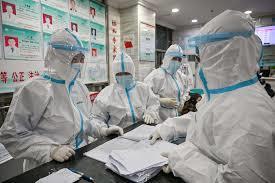 Nhiều người TQ khỏi virus corona trở lại bệnh viện làm điều bất ngờ