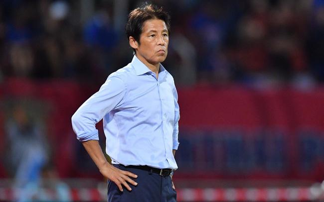 HLV Nishino như ngồi trên đống lửa trước trận gặp Indonesia