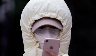 Virus corona có thể sống 96 tiếng trên màn hình điện thoại
