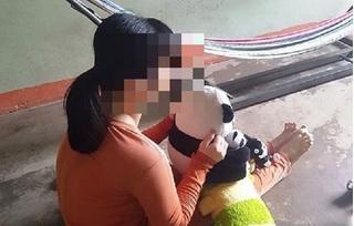 Hai cha con cùng hiếp dâm cô gái thiểu năng đến mang thai