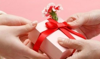Gợi ý những món quà 8/3 gửi tặng khách hàng, đối tác tinh tế và ý nghĩa