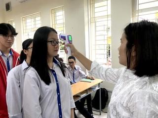 Quảng Ninh thông báo cho học sinh THPT nghỉ thêm sau 1 tuần đến trường