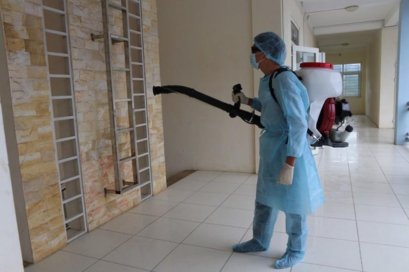 Bác sĩ bày cách chống lây virus Covid-19