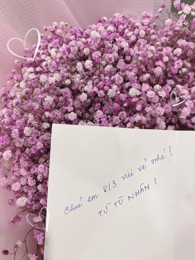 Dù đang cách ly, Trường Giang vẫn tặng quà 8/3 cho Nhã Phương