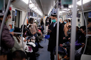 Virus gây bệnh Covid-19 có thể bay xa 4,5 m trong môi trường có máy điều hòa