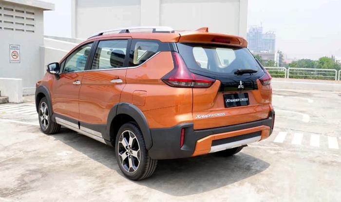 Bắt gặp Mitsubishi Xpander Cross trên đường phố Hà Nội