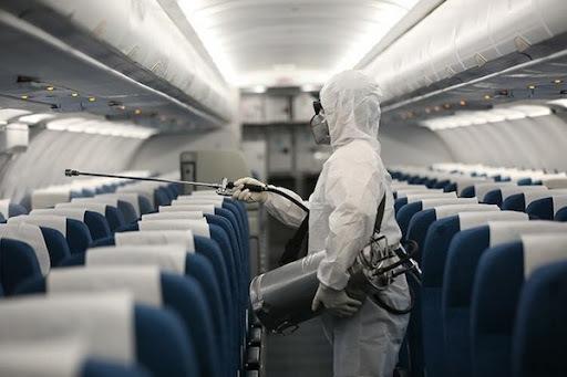 Vất vả tìm người tiếp xúc trên chuyến bay có 13 khách mắc Covid-19