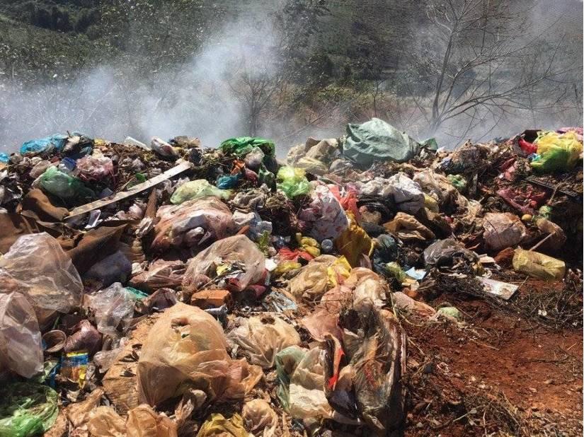 Đắk Nông: Ô nhiễm không khí do đốt rác