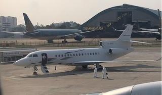 Bác sĩ thông tin về sức khỏe nữ bệnh nhân mắc Covid-19 về Việt Nam bằng máy bay riêng