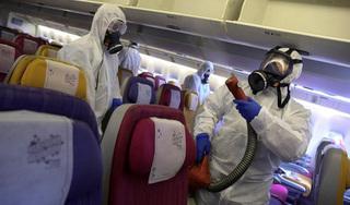 Đi máy bay mùa dịch Covid-19, cần phải làm gì để an toàn nhất?