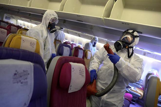 Đi máy bay mùa dịch Covid-19, cần phải làm gì để an toàn nhất3